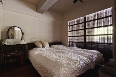 寝室 (時の流れを感じ、これからを楽しむ)