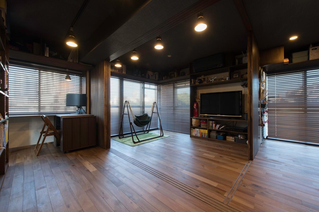 リビングダイニング事例:リビング(カグ ノ モリ - 壁面全面造作家具のリノベーション -)