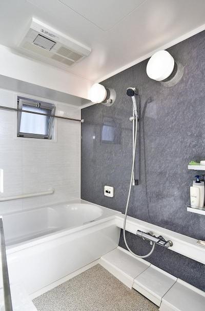 浴室 (センターキッチンの住まい)