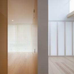 桜の住宅 (寝室/リビング,ダイニング)
