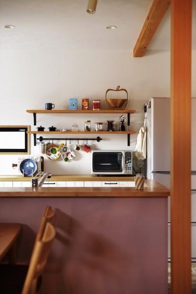 キッチンカウンター (子どもを囲む、和やかな時間)
