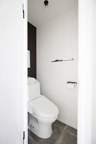 トイレ (背伸びしない現実の暮らしに即しつつも、夢と遊び心はしっかりと取り入れて。)
