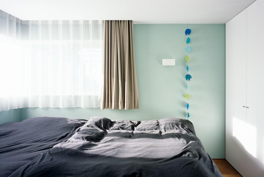 山手町の家 (寝室)