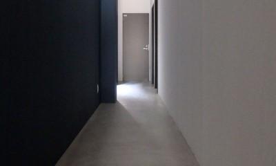 Kururi|倉庫・工場をコンバージョンしたゲストハウス・シェアハウス【奈良市】 (1階廊下)