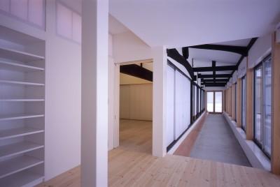 回廊 (湯沢の住宅)