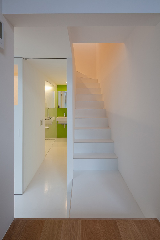 平間の2世帯住宅 (子世帯洗面,浴室)