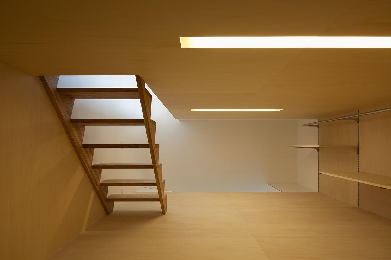 収納事例:ロフト(平間の2世帯住宅)