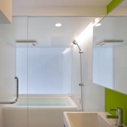 平間の2世帯住宅 (子世帯浴室)