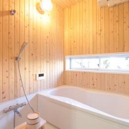 湘南に佇む古民家 (浴室)