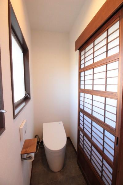 トイレ (湘南に佇む古民家)