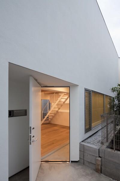 玄関 (深沢の住宅)