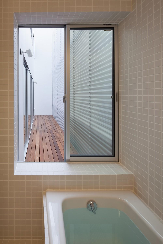 深沢の住宅 (浴室)