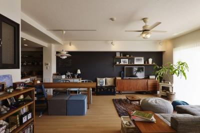 LDK (既存空間+ビンテージ家具、うまくとけ合うちょこっとリノベ)