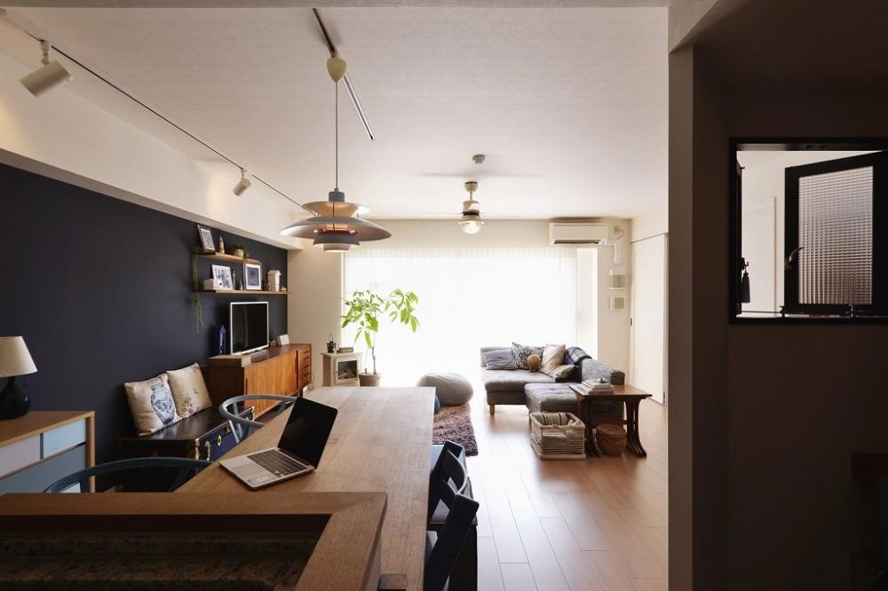 既存空間+ビンテージ家具、うまくとけ合うちょこっとリノベ (LDK)
