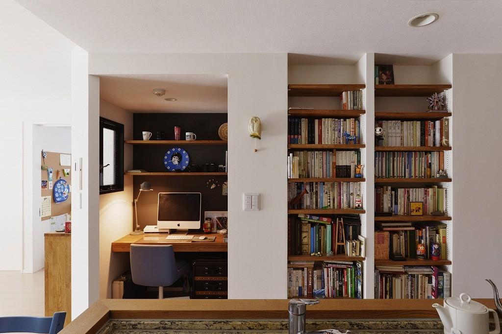 書斎事例:ワークスペース(既存空間+ビンテージ家具、うまくとけ合うちょこっとリノベ)