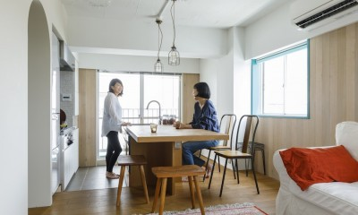 E邸-築50年、渋谷駅から徒歩6分の場所に「自分の城をつくる」 (リビング)