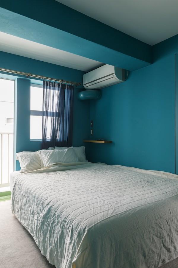 ベッドルーム事例:ベッドルーム(E邸-築50年、渋谷駅から徒歩6分の場所に「自分の城をつくる」)