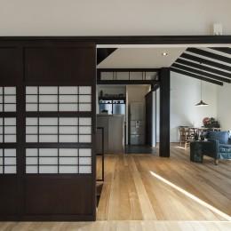 アレルギー反応を持つ子供が住むための和モダン住宅/美しい空気の家