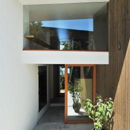 玄関 (sakuramori house)