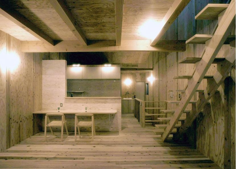 小石川植物園と向き合う家/Niさんの家の部屋 リビング・ダイニング