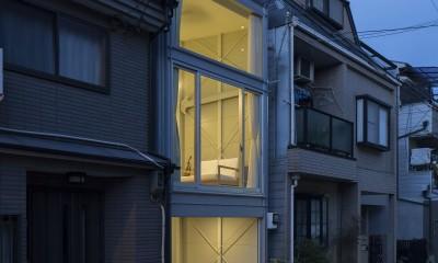 『』の家|鉄骨狭小スキップフロアのガレージハウス【大阪市】
