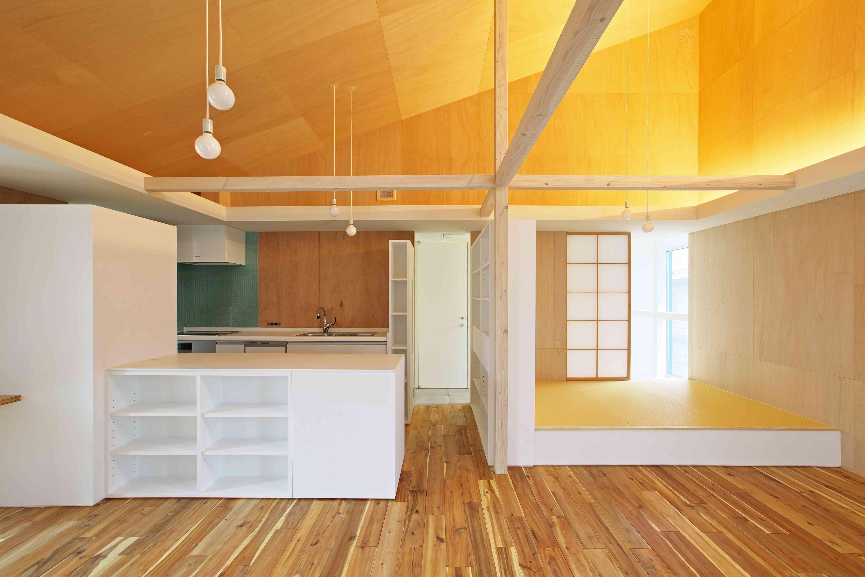 キッチン事例:キッチン・和室(tomi house)