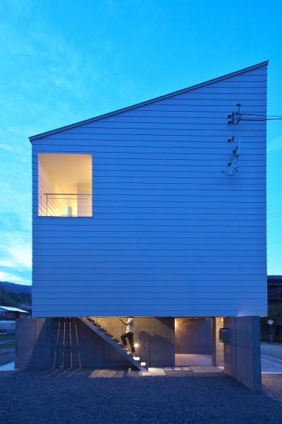 外観 (tomi house)