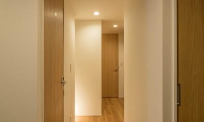 羽田の家 (廊下)