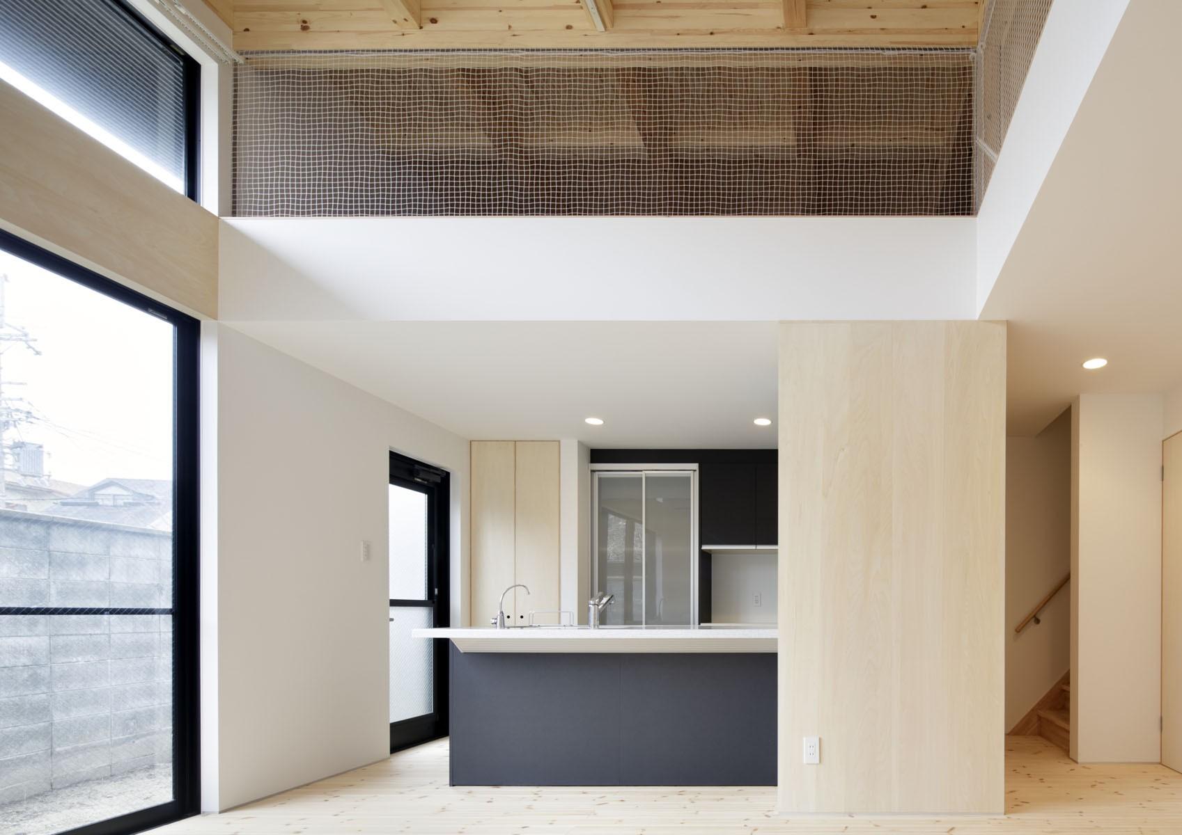 リビングダイニング事例:キッチン(多層空間の家)