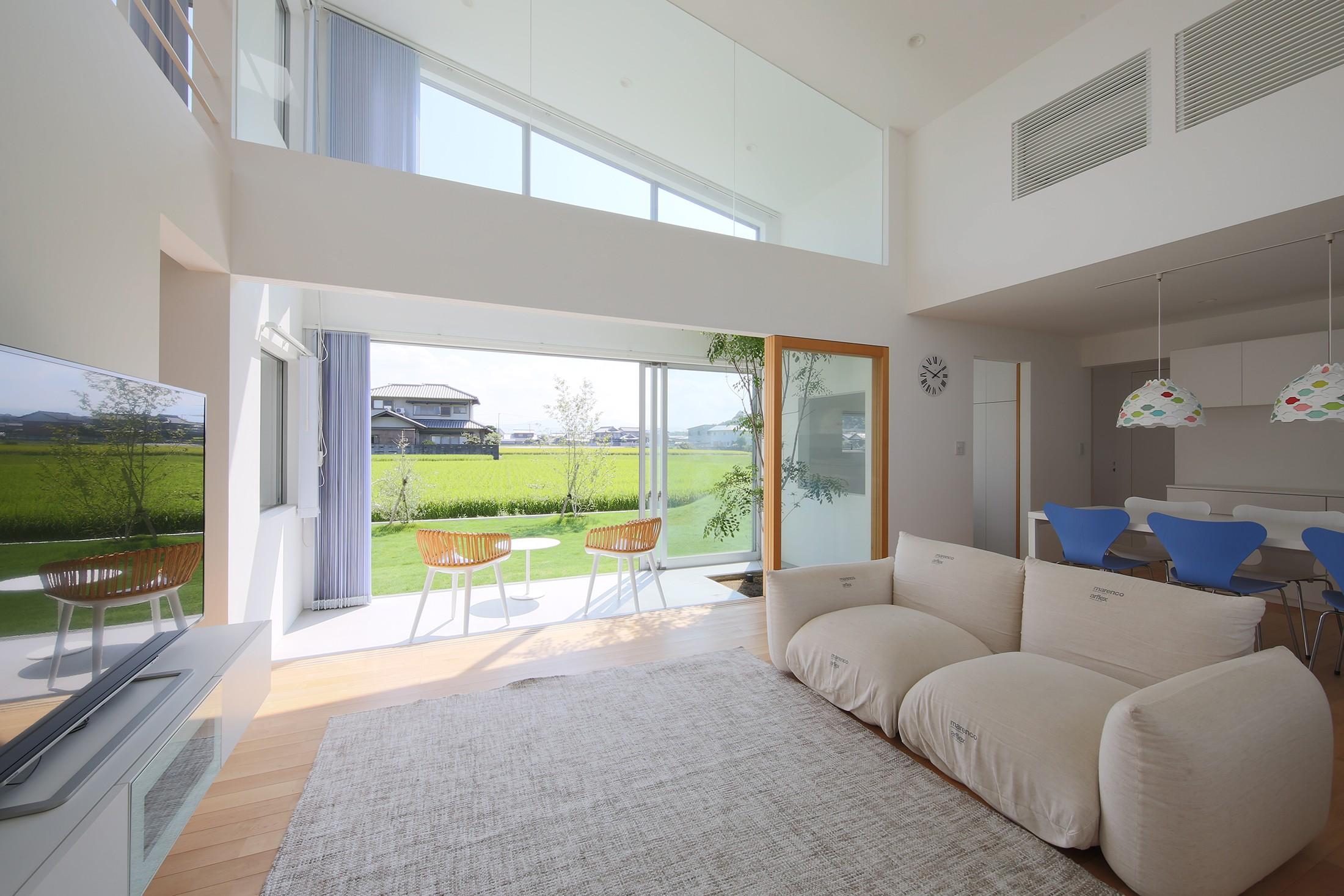 リビングダイニング事例:LDK 03(House in Kawanabe ~緑と共に暮らす家~)