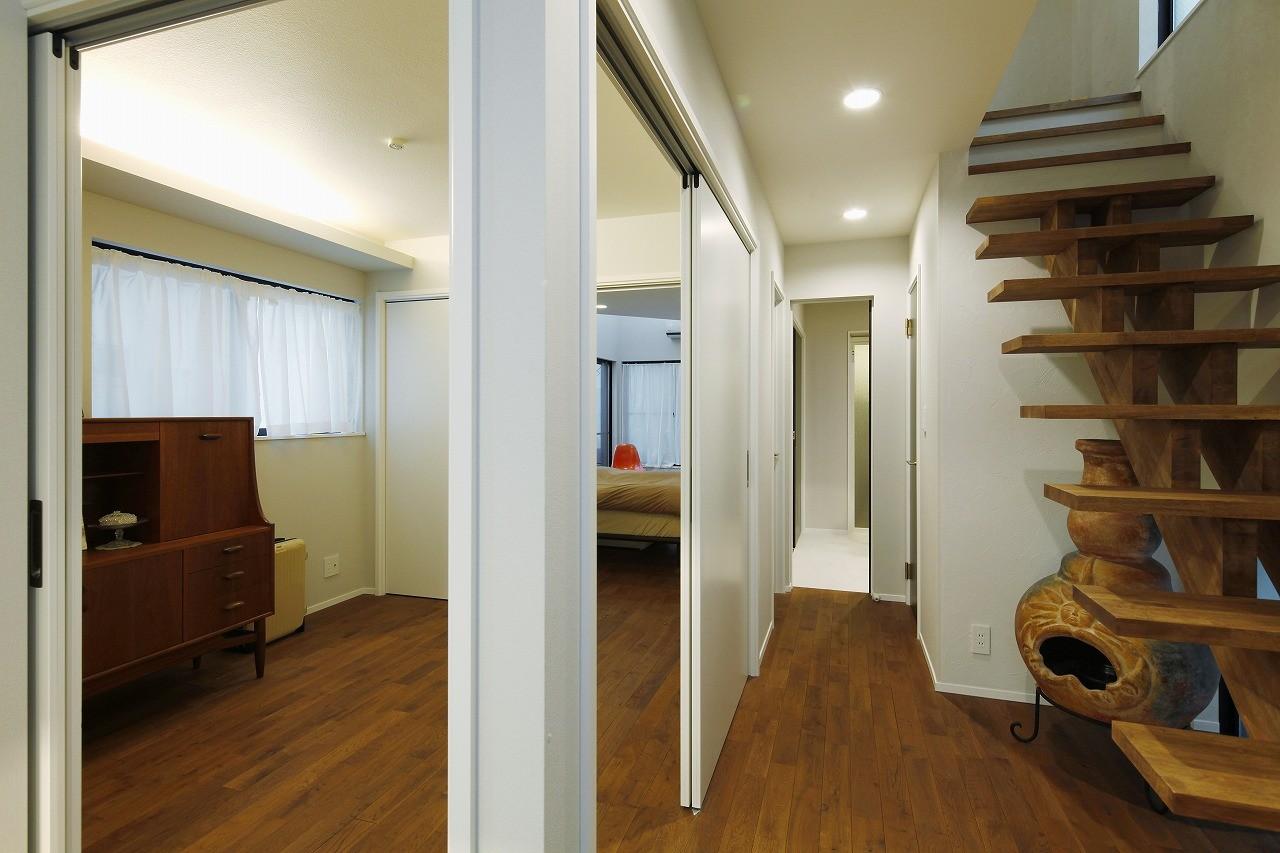 ベッドルーム事例:居室(光を感じながら暮らせる家)