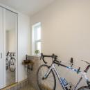 スキップフロアのある家~パッシブハウス~の写真 玄関