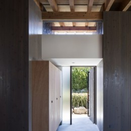 富田林の家 (玄関)