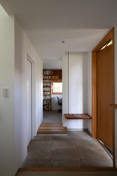 玄関 (おおたかの森の家)