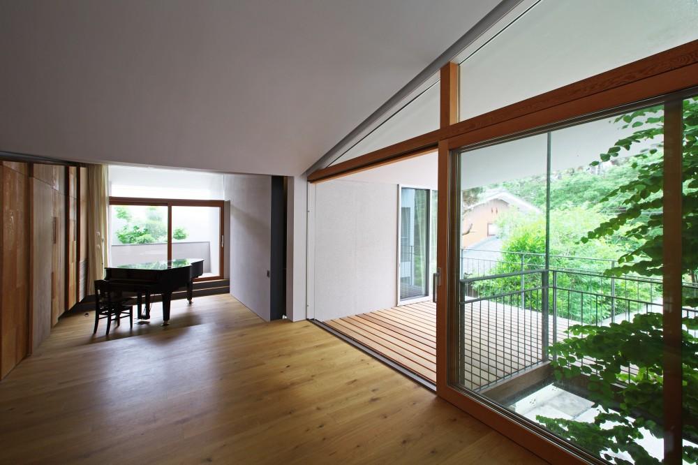 ta house (リビング)