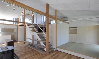 リビングと和室とダイビング|鴻巣の家