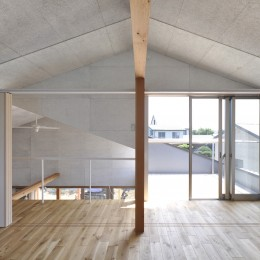 鴻巣の家 (子供部屋とテラス)