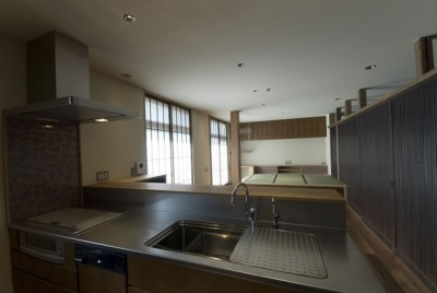 キッチン (古建具を利用した和モダンリノベーション/想蔵)