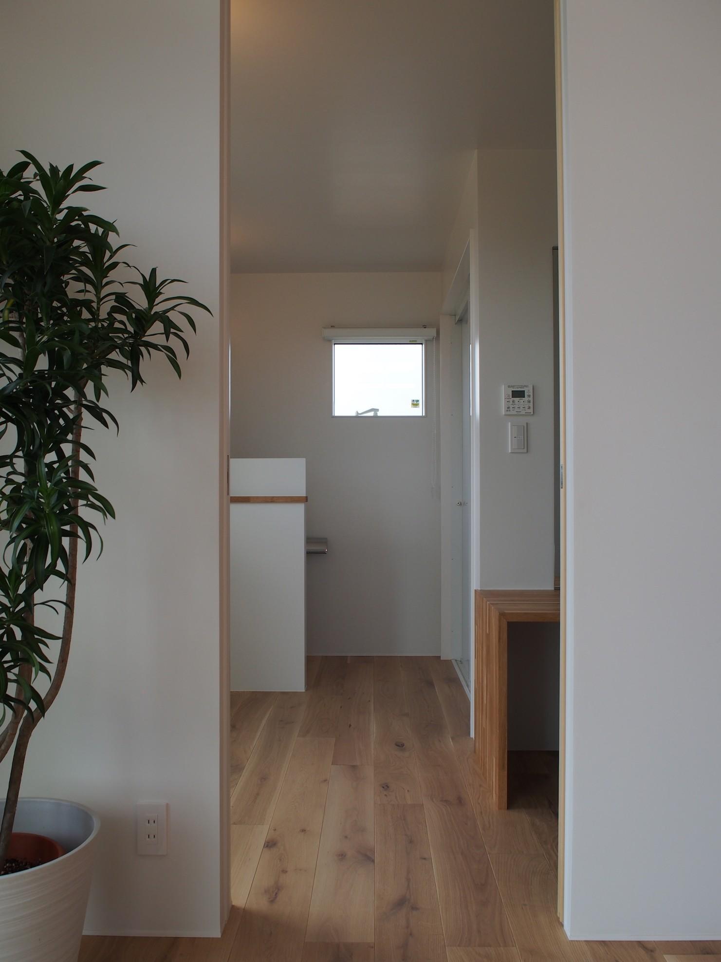 バス/トイレ事例:サニタリー(大屋根の家)