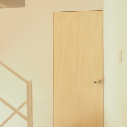大屋根の家 (階段踊り場)