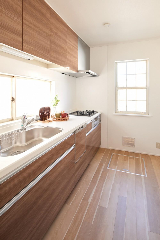 素材にこだわったシンプルなお家 (キッチン)