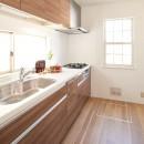 素材にこだわったシンプルなお家の写真 キッチン