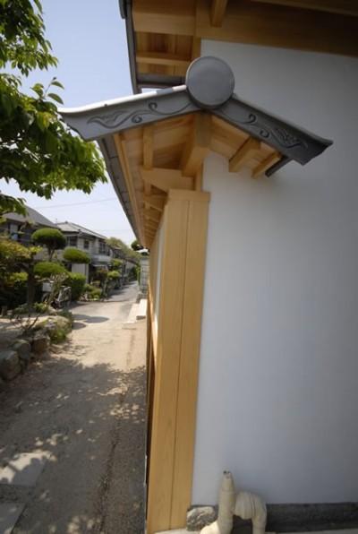 外観 (最低限の工事で全体のイメージを変えた和風リノベーション/坂塀)