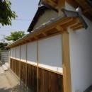 最低限の工事で全体のイメージを変えた和風リノベーション/坂塀の写真 外観
