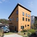 葉山の自然と調和する家の写真 外観