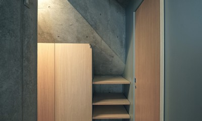 YKR[低層地の賃貸併用住宅] (廊下)