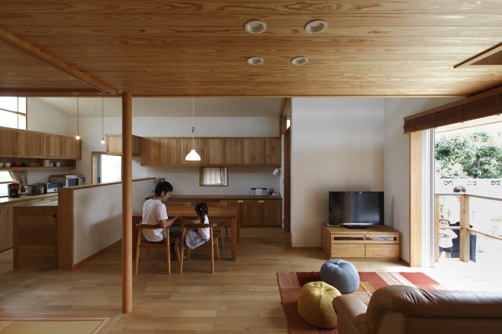 自然体で暮らす平屋~光・風・緑を取り込む家~ (ダイニング)