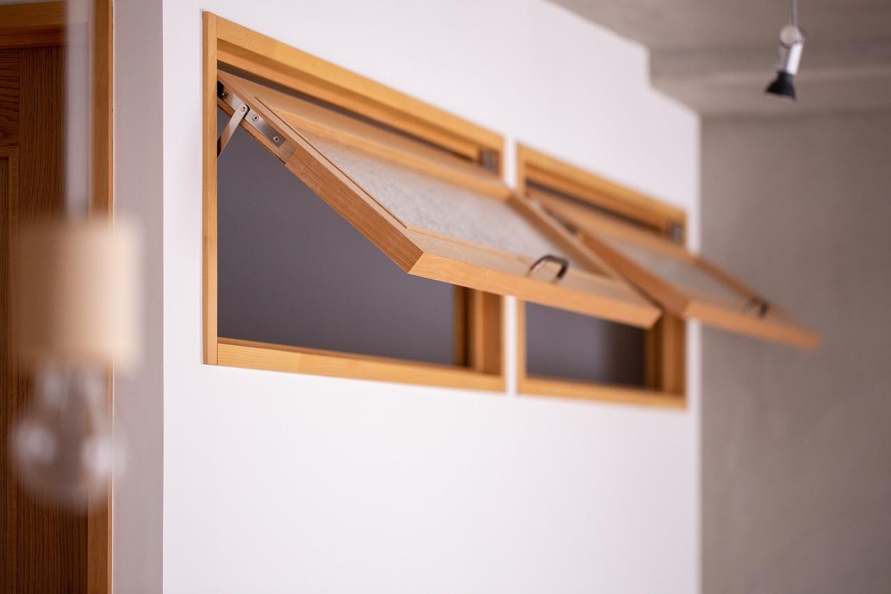 リビングダイニング事例:室内窓(slow~『衣・食・住』を自分らしく愉しむ住まい~)