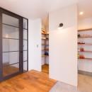 Madagasucar~大空間で贅沢アレコレ。鉄筋コンクリート造の戸建てリノベ~の写真 玄関