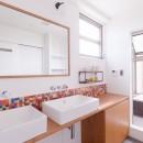 Madagasucar~大空間で贅沢アレコレ。鉄筋コンクリート造の戸建てリノベ~の写真 洗面